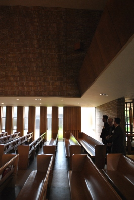 Sanctuary. Christ Church Lutheran, photograph by author.