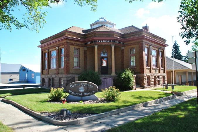 Milbank Carnegie Library